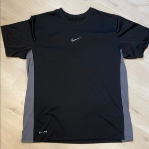 🎃Nike dry fit tshirt